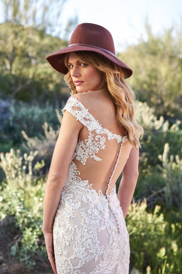 Lillian West Nude/Ivory/Nude Lace Venice 6506 Off The Shoulder Illusion Back Gown Vintage Wedding Dress Size 2 (XS) Image 1