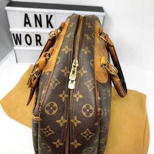 Louis Vuitton Satchel in brown Image 4