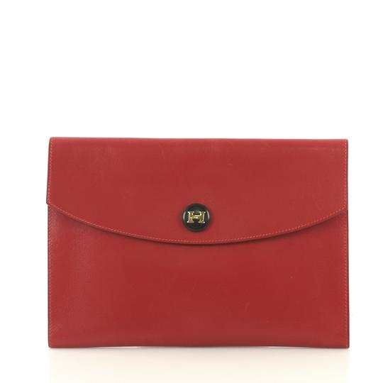 Preload https://img-static.tradesy.com/item/25635240/hermes-pm-crafted-from-rouge-vif-calf-red-leather-clutch-0-0-540-540.jpg
