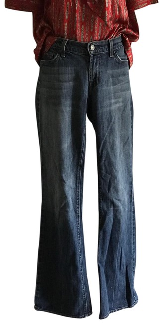Item - Light Wash /32 Straight Leg Jeans Size 6 (S, 28)