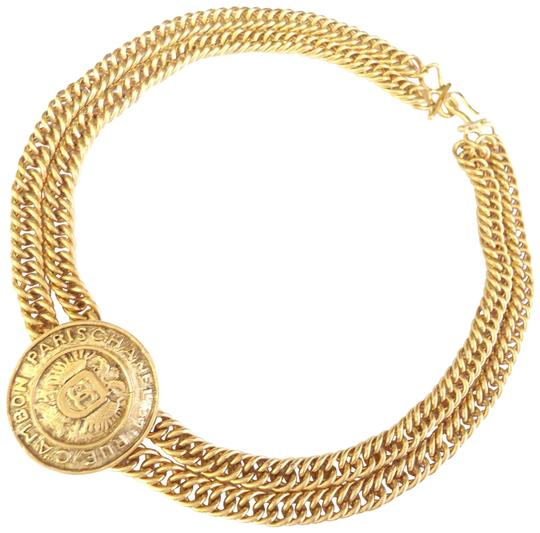Preload https://img-static.tradesy.com/item/25635984/chanel-gold-medallion-charm-double-chain-necklace-0-2-540-540.jpg