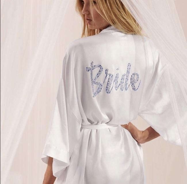 Item - White Light Blue Bridal Robe New with Tags In Sealed Bag