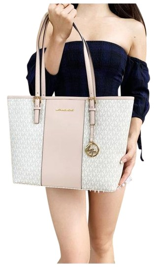 Preload https://img-static.tradesy.com/item/25637498/michael-kors-carryall-medium-mk-signature-ballet-vanilla-pink-tote-0-1-540-540.jpg