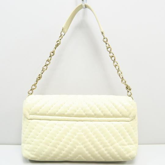 Chanel Chevron Lambskin Shoulder Bag Image 2