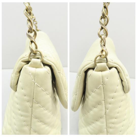 Chanel Chevron Lambskin Shoulder Bag Image 4
