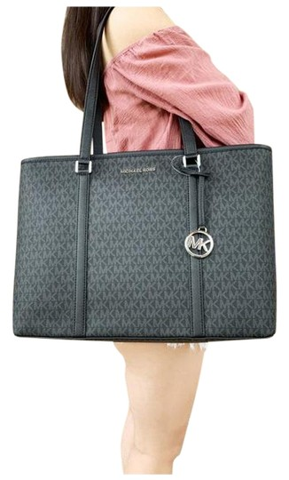 Preload https://img-static.tradesy.com/item/25637654/michael-kors-sady-large-multifunctional-top-zip-mk-laptop-black-tote-0-1-540-540.jpg