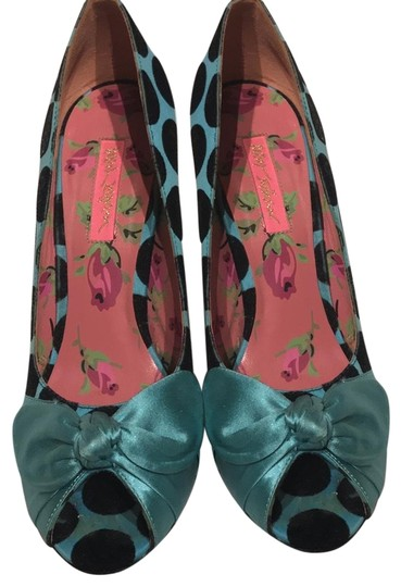 Betsey Johnson blue and black Pumps Image 1