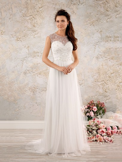 Preload https://img-static.tradesy.com/item/25637876/alfred-angelo-white-8555-feminine-wedding-dress-size-10-m-0-0-540-540.jpg