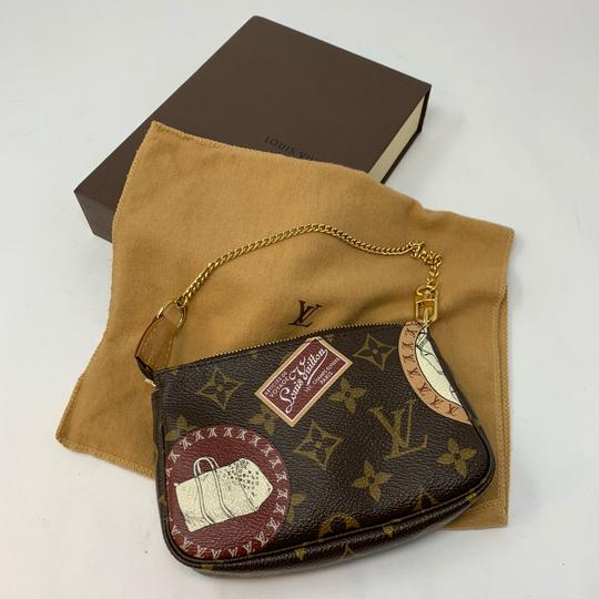 Louis Vuitton Wristlet Image 10