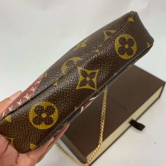 Louis Vuitton Wristlet Image 8