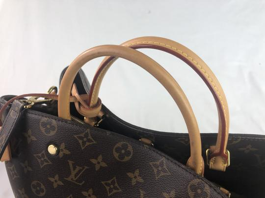 Louis Vuitton Lv Monogram Montaigne Shoulder Bag Image 2