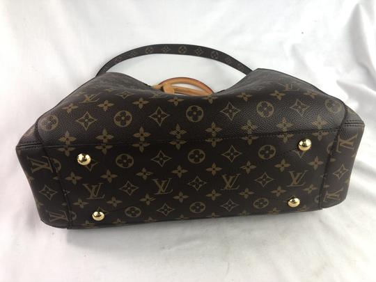 Louis Vuitton Lv Monogram Montaigne Shoulder Bag Image 4