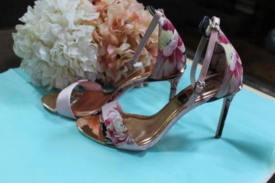 Ted Baker pinks and rose gold Pumps Image 7