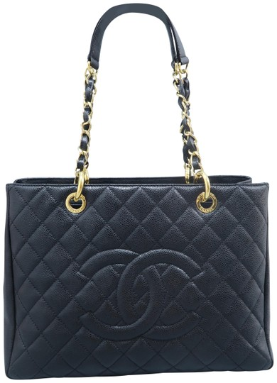 Chanel Caviar Caviar Gst Shoulder Bag Image 0