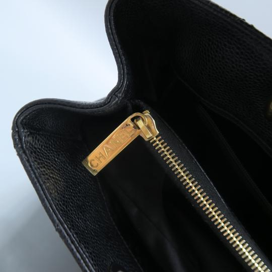 Chanel Caviar Caviar Gst Shoulder Bag Image 8