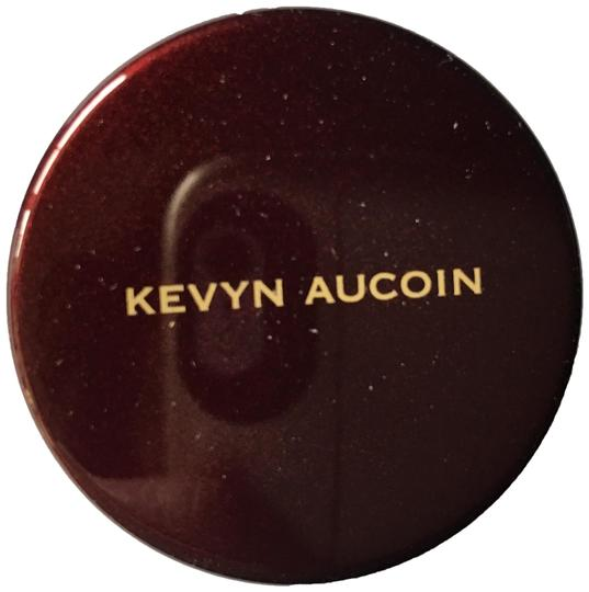Preload https://img-static.tradesy.com/item/25638144/kevyn-aucoin-sx-11-the-sensual-skin-skin-enhancer-0-1-540-540.jpg