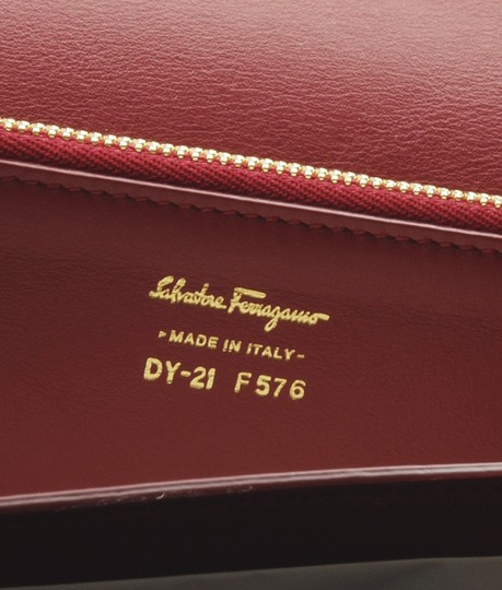 Salvatore Ferragamo Leather Shoulder Bag Image 9