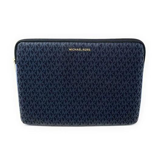 Preload https://img-static.tradesy.com/item/25638263/michael-kors-connie-padded-up-to-15-french-blue-signature-leatherpvc-laptop-bag-0-0-540-540.jpg