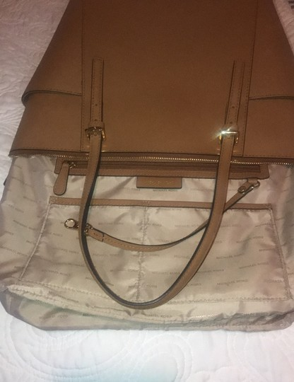 Michael Kors Collection Tote in Acorn Image 10