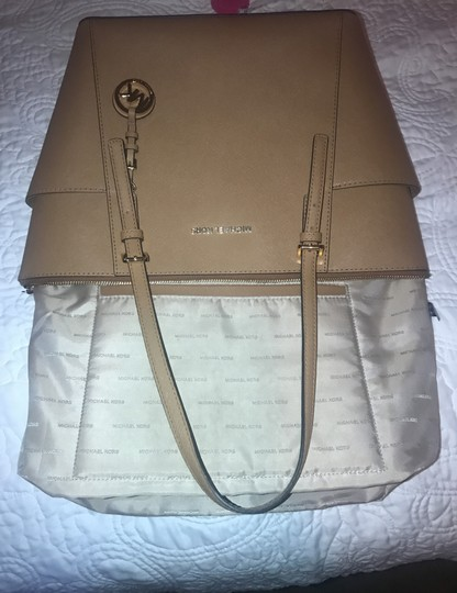 Michael Kors Collection Tote in Acorn Image 9