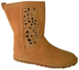 UGG Australia Lo Pro Floral Leather Suede Onm003 sand Boots