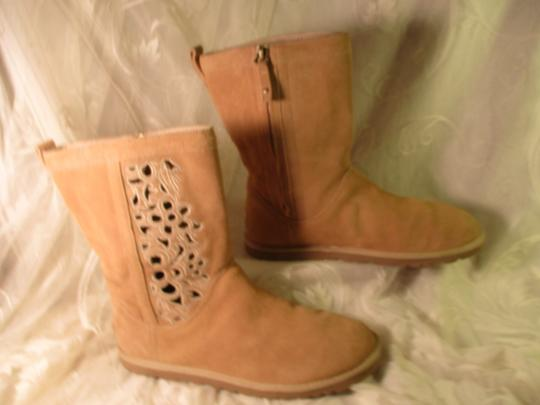 UGG Australia Lo Pro Floral Leather Suede Onm003 sand Boots Image 4