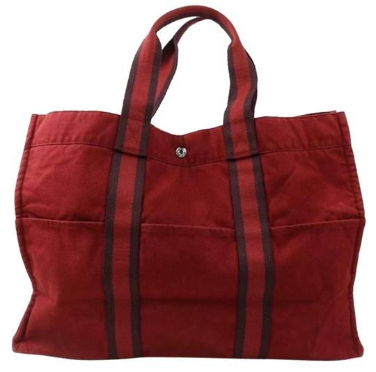 Preload https://img-static.tradesy.com/item/25638711/hermes-fourre-tout-bag-red-canvas-tote-0-1-540-540.jpg