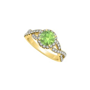 Marco B August Birthstone Peridot with CZ in Criss Cross Shank Halo