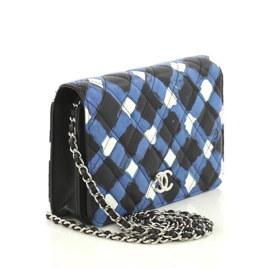Chanel Wallet On Chain Leather white, black and blue Clutch Image 2