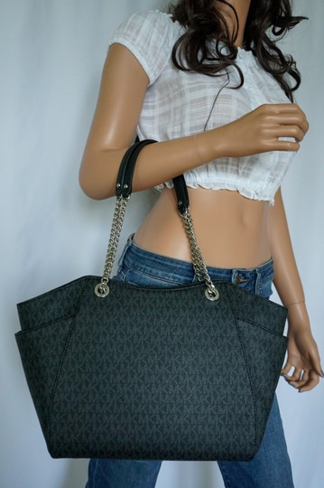 Michael Kors Tote in Black Image 1