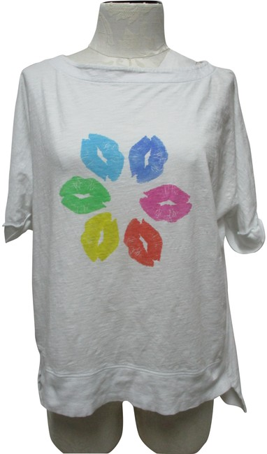 Lisa Todd White Pucker Kiss Lip Print Knit Over Blouse S Small Tee Shirt Size 6 (S) Lisa Todd White Pucker Kiss Lip Print Knit Over Blouse S Small Tee Shirt Size 6 (S) Image 1