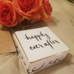 Kate Spade Black & White Box Happily Ever After Jewelry Decoration