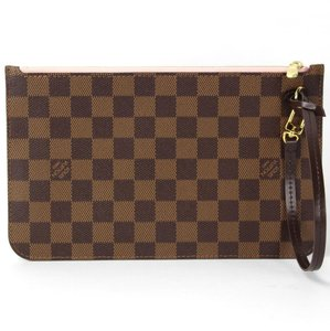 Louis Vuitton Neverfull Damier Canvas Pochette Clutches Neverfull Mm Tote in Brown