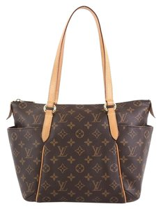 Louis Vuitton Totally Canvas Tote in brown