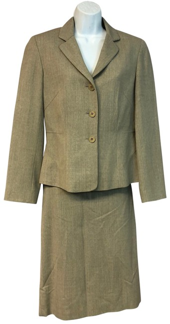 Item - Brown Stretch Wool Skirt Suit Size 8 (M)