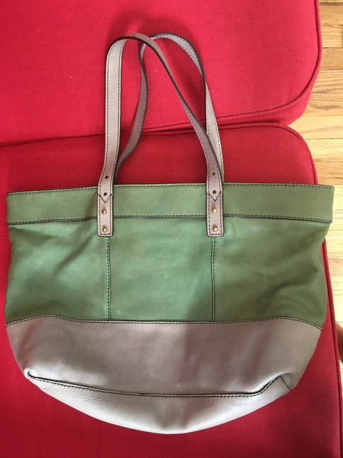 Fossil Shoulder Gray and Green Leather Tote Fossil Shoulder Gray and Green Leather Tote Image 2
