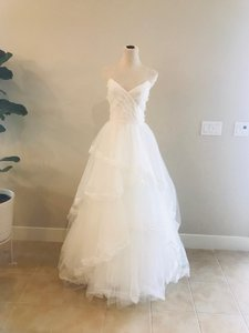 CHRISTOS By Amsale Lace Tulle Formal Wedding Dress Size 6 (S)