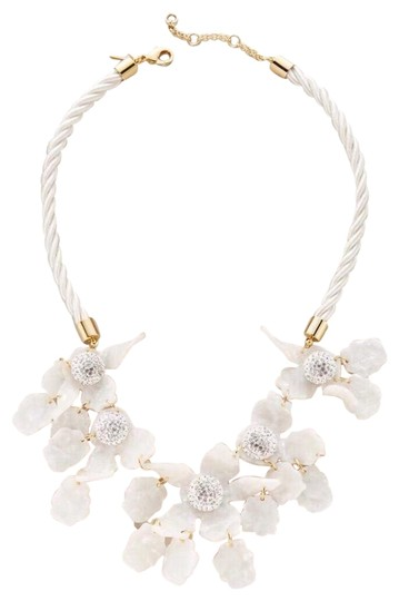 Preload https://img-static.tradesy.com/item/25648817/lele-sadoughi-gold-white-crystal-lily-statement-necklace-0-1-540-540.jpg