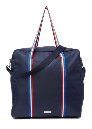 Preload https://img-static.tradesy.com/item/25649422/madden-girl-overnight-blue-canvas-weekendtravel-bag-0-0-540-540.jpg