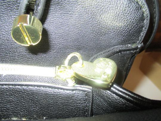 Betsey Johnson Gold Hardware Sequins Bow Signature Lining Satchel in Black Image 7