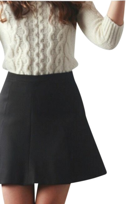 Item - Black A Line Flared In Skirt Size 4 (S, 27)