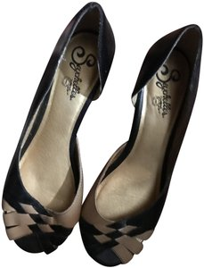 Seychelles Woven Two-tone Leather Comfortable Summer Black and Tan Wedges