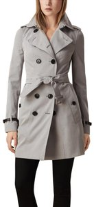Burberry London Chanel Tory Burch Victoria Beckham Iro The Row Trench Coat
