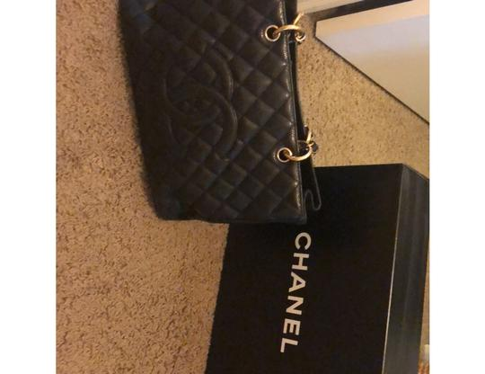 Chanel Tote in black with gold hardware Image 1