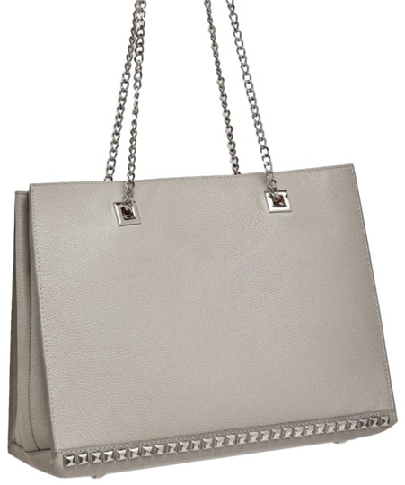 Preload https://img-static.tradesy.com/item/25649825/zara-gray-studded-shopper-leather-tote-0-2-540-540.jpg