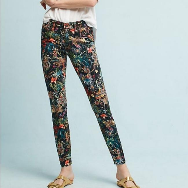Preload https://item5.tradesy.com/images/anthropologie-black-mid-rise-floral-skinny-jeans-size-28-4-s-25649899-0-1.jpg?width=400&height=650