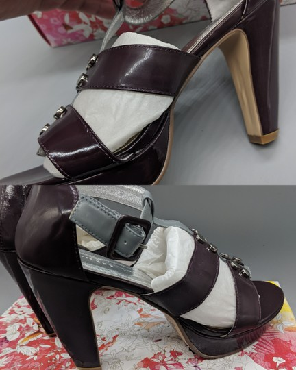 Chinese Laundry Leather Heels Purple, gray Sandals Image 1