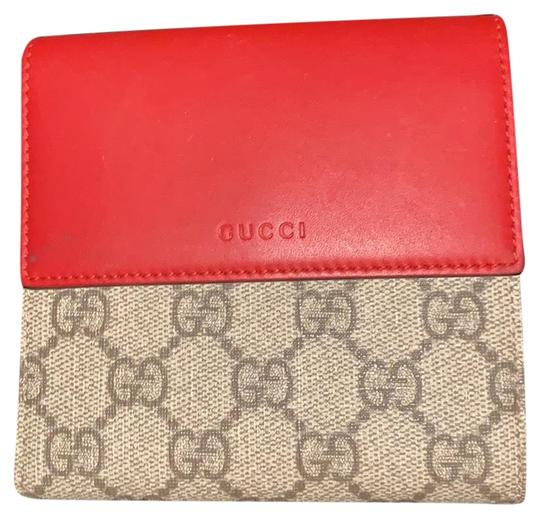 Preload https://img-static.tradesy.com/item/25650030/gucci-red-pink-525040-wallet-0-1-540-540.jpg