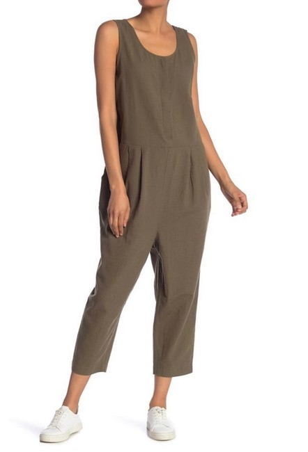 Preload https://img-static.tradesy.com/item/25650063/eileen-fisher-green-sleeveless-linen-pleated-romperjumpsuit-0-0-650-650.jpg