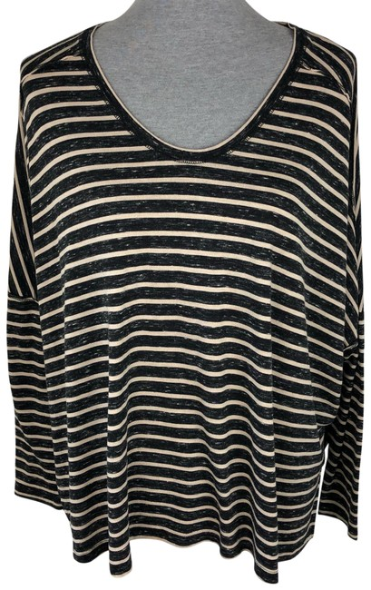 Preload https://img-static.tradesy.com/item/25650065/free-people-black-tan-striped-oversized-blouse-size-8-m-0-1-650-650.jpg
